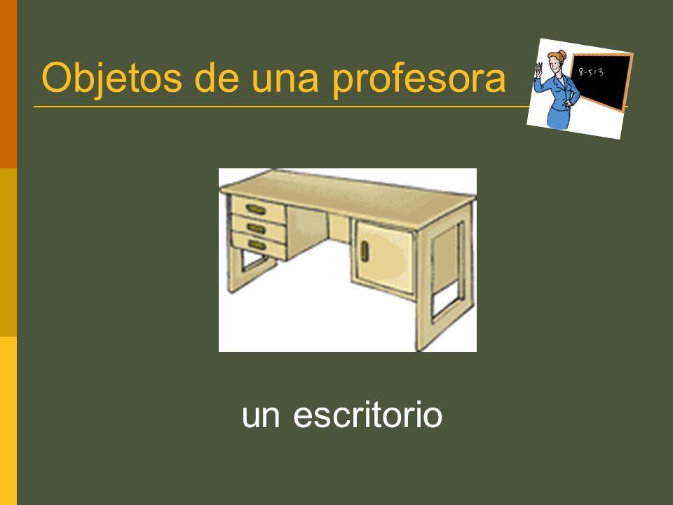 Objetos de una profesora un escritorio
