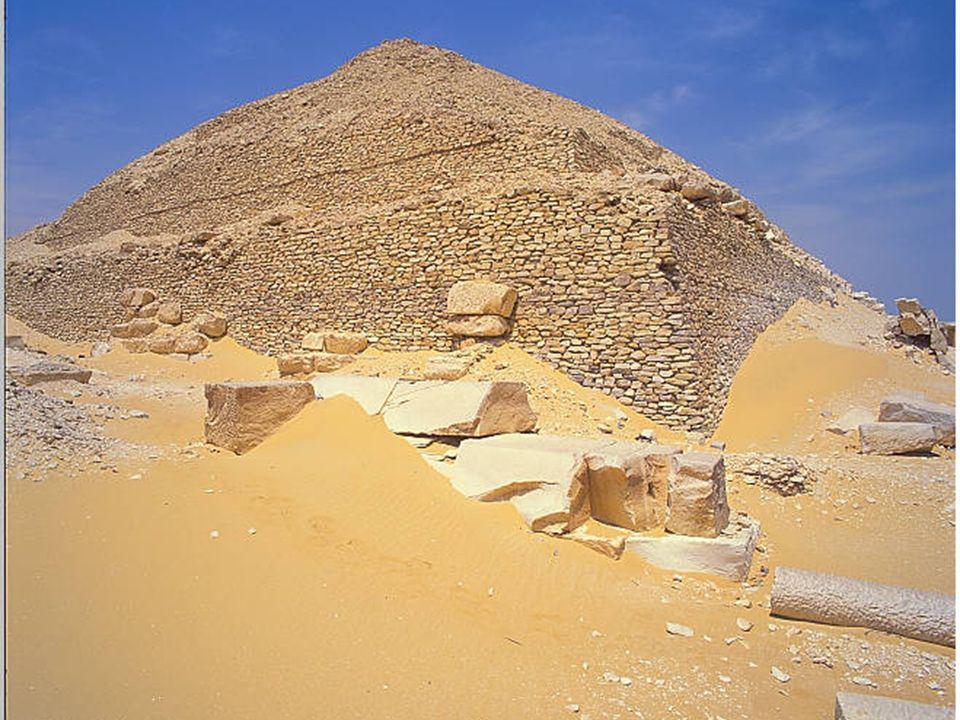 VI- Pepi I Gran constructor -Pepi II Campañas militares Sinaí Nubia época Gran intercambio comercial Descentralización política c. 2200 ac
