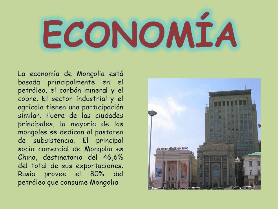 La economía de Mongolia está basada principalmente en el petróleo, el carbón mineral y el cobre. El sector industrial y el agrícola tienen una partici