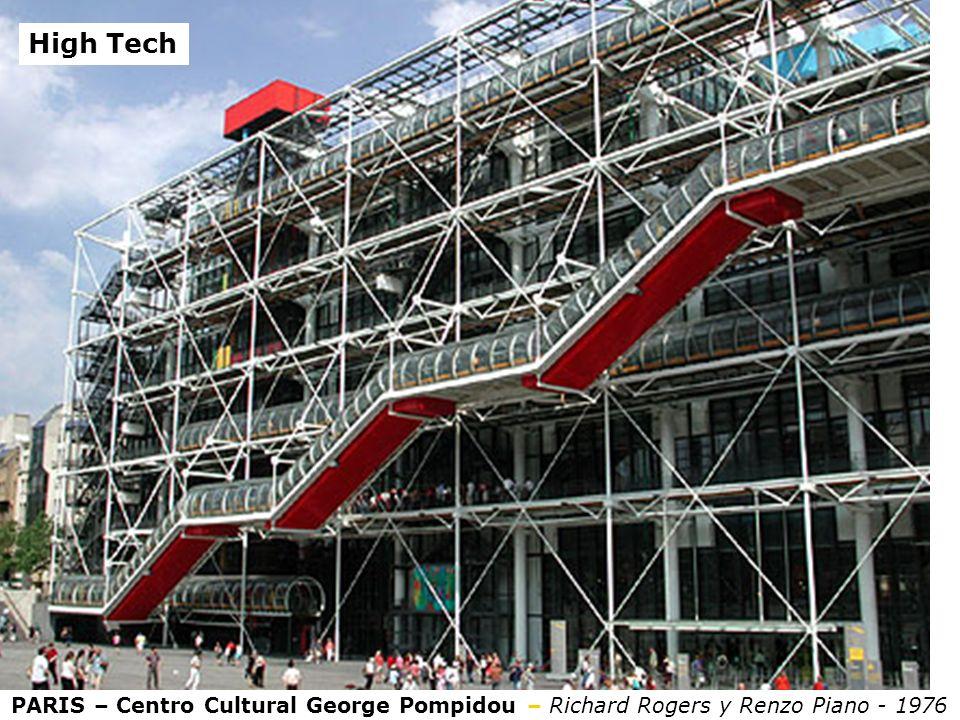 PARIS – Centro Cultural George Pompidou – Richard Rogers y Renzo Piano - 1976 High Tech