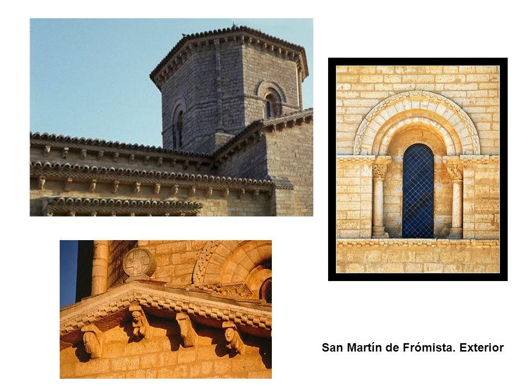 San Martín de Frómista. Exterior