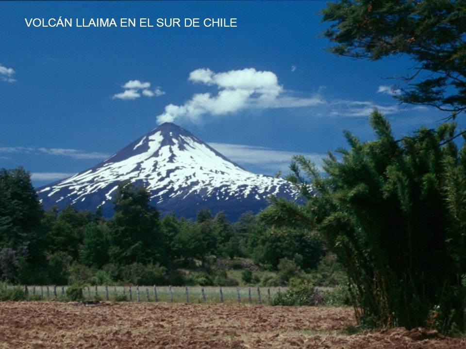 VOLCÁN LLAIMA EN EL SUR DE CHILE