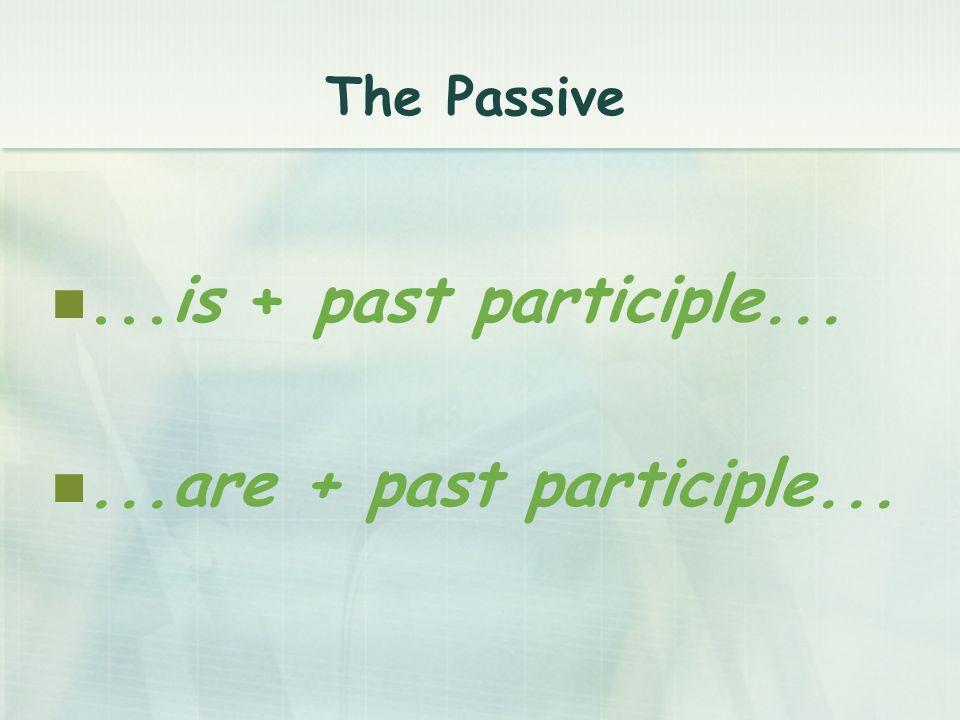 El past simple de la voz pasiva se construye con el past simple del verbo be + el past participle.