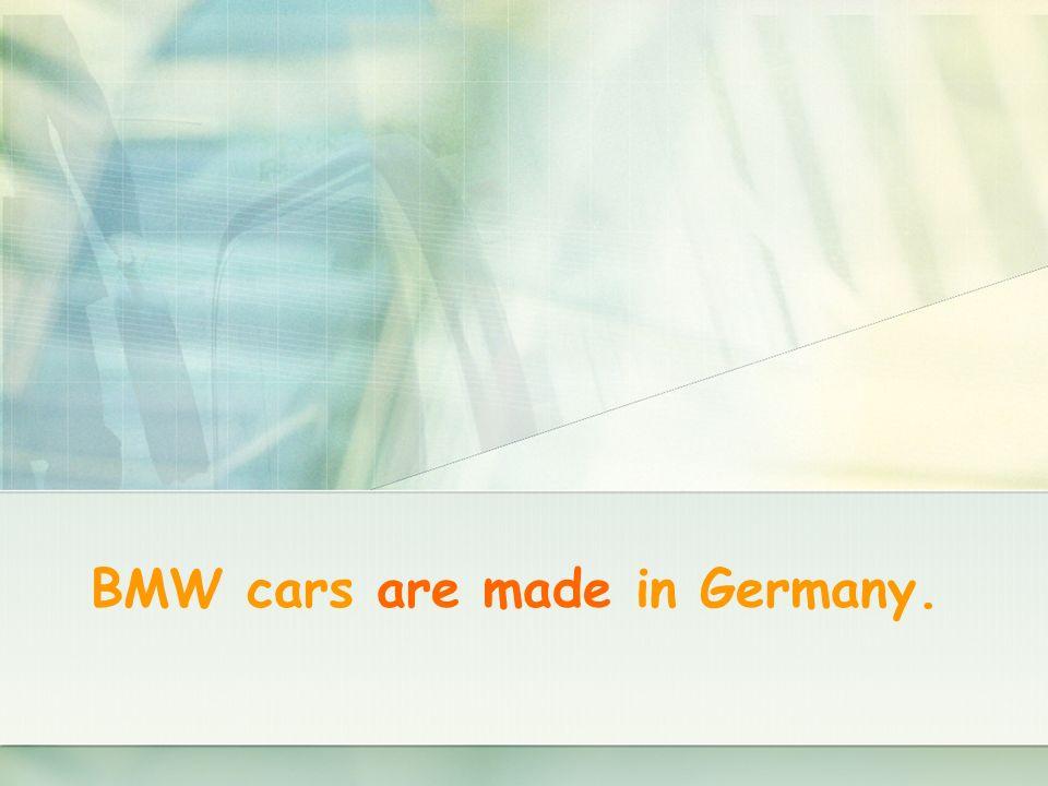 Nuestro coche fue robado ayer.