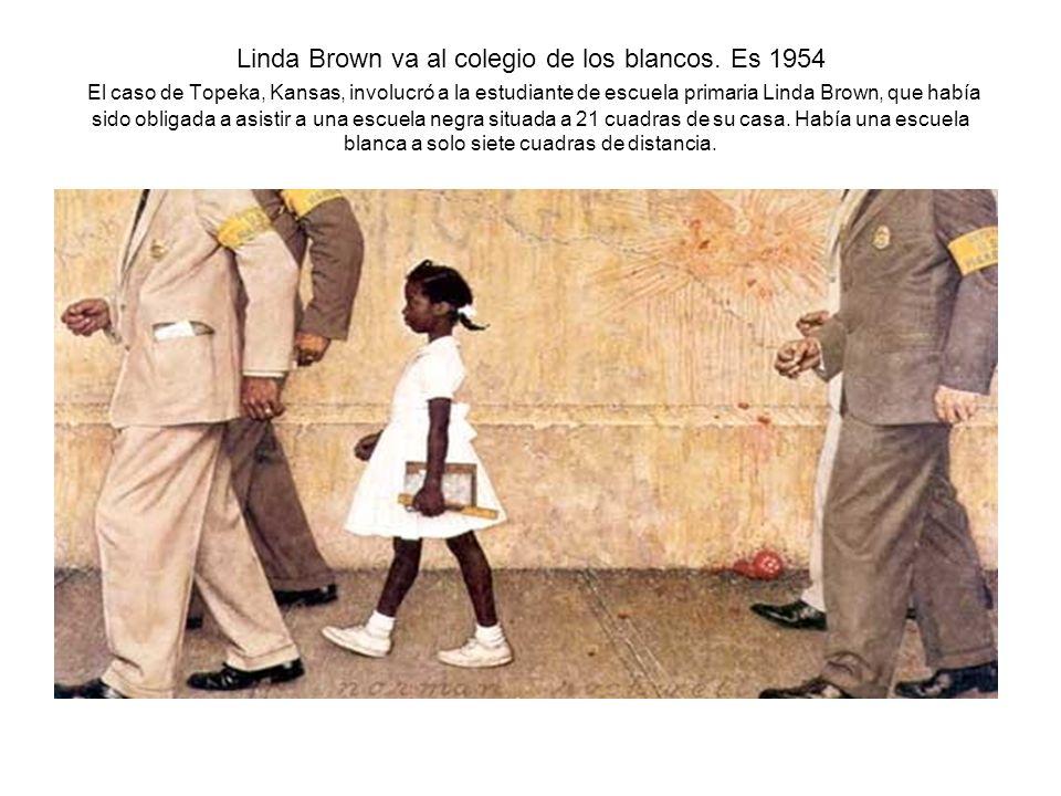 Linda Brown va al colegio de los blancos. Es 1954 El caso de Topeka, Kansas, involucró a la estudiante de escuela primaria Linda Brown, que había sido