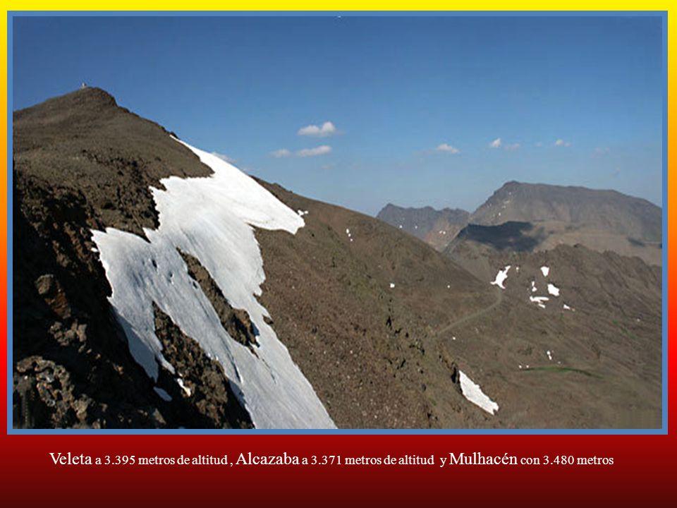 Pico Veleta, segundo en altura a 3.395 metros de altura
