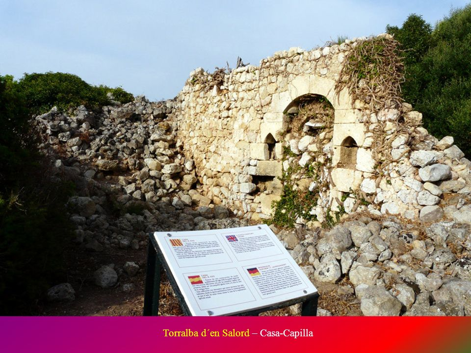 Taula de Torralba d´en Salord. Es la más famosa de Menorca gracias a sus casi 5 metros de altura