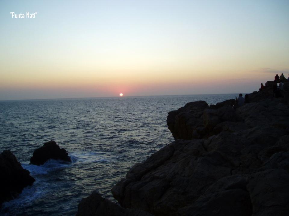 Punta Nati, está en el extremo Norte. Cerca de Ciutadella