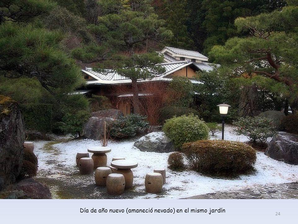 Jardín de un ryokan (alojamiento tradicional japonés) en Kioto. 23