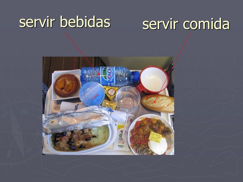 servir bebidas servir comida