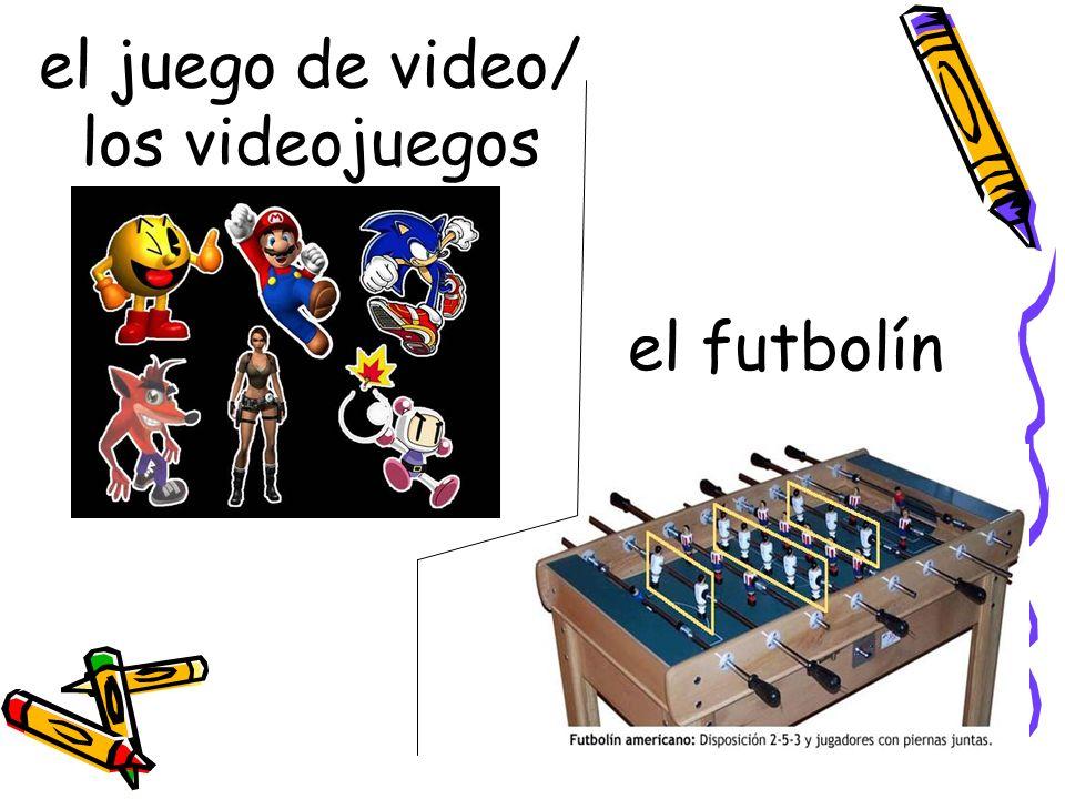 el juego de video/ los videojuegos el futbolín