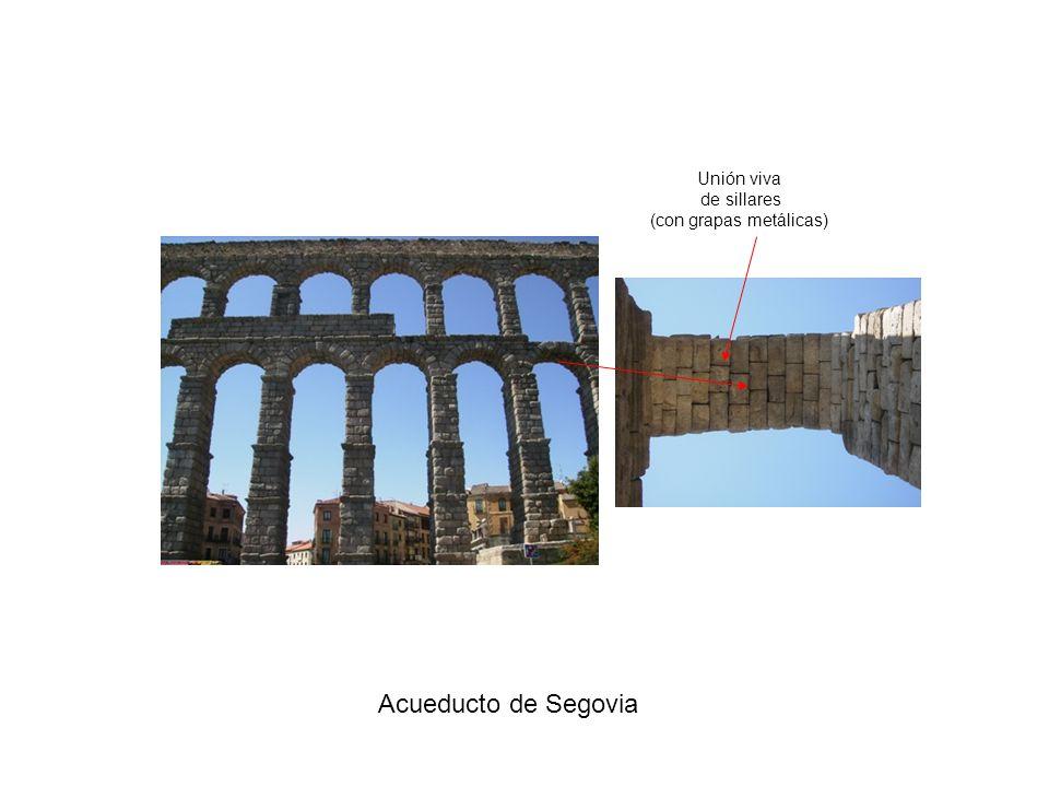 Acueducto de Segovia Unión viva de sillares (con grapas metálicas)