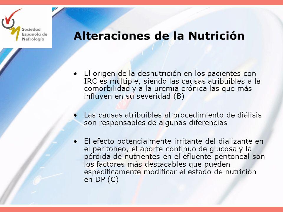 Aspectos Nutricionales Aporte energético mínimo: –100% del recomendado para la edad cronológica en niños sin IR (B) Aporte proteico inicial: –el correspondiente a su edad cronológica incrementado en 0.4 g/Kg/día, ajustándolo a las pérdidas peritoneales (C) Ingesta mínima de vitaminas y oligoelementos: del 100% La prescripción dietética inicial debe ser reevaluada de acuerdo a parámetros nutricionales: –En menores de 3 años sobre todo, la talla y su Z score, peso seco estimado y perímetro craneal (B) Los controles basados en modelos cinéticos de urea son poco fiables en el control nutricional del niño (C) Un insuficiente aporte calórico-proteico obliga a procedimientos de nutrición agresivos (sonda nasogástrica o gastrostomía) y a la utilización de nutrientes de uso farmacológico (C)