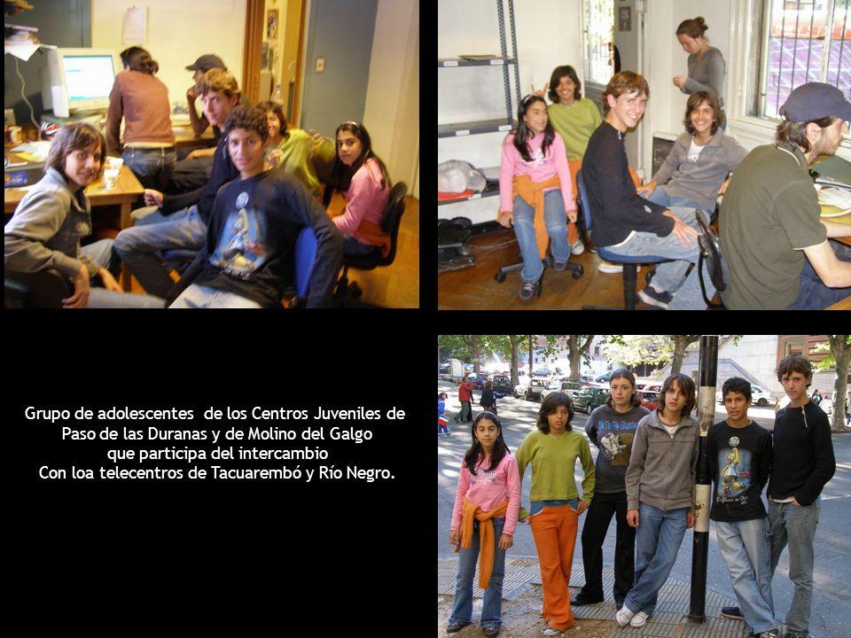 Grupo de adolescentes de los Centros Juveniles de Paso de las Duranas y de Molino del Galgo que participa del intercambio Con loa telecentros de Tacuarembó y Río Negro.
