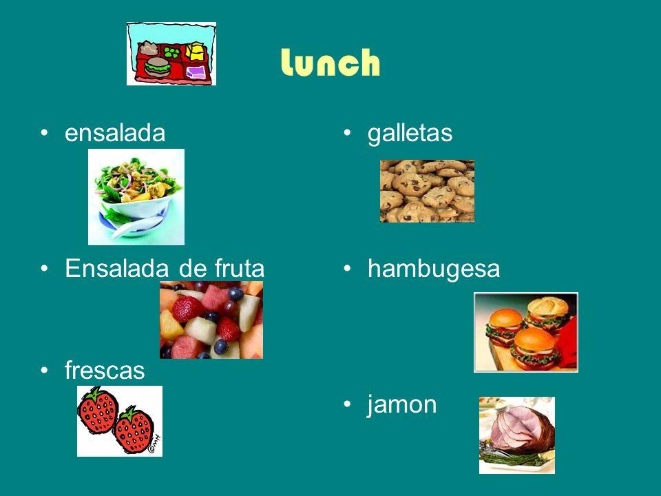 Lunch ensalada Ensalada de fruta frescas galletas hambugesa jamon