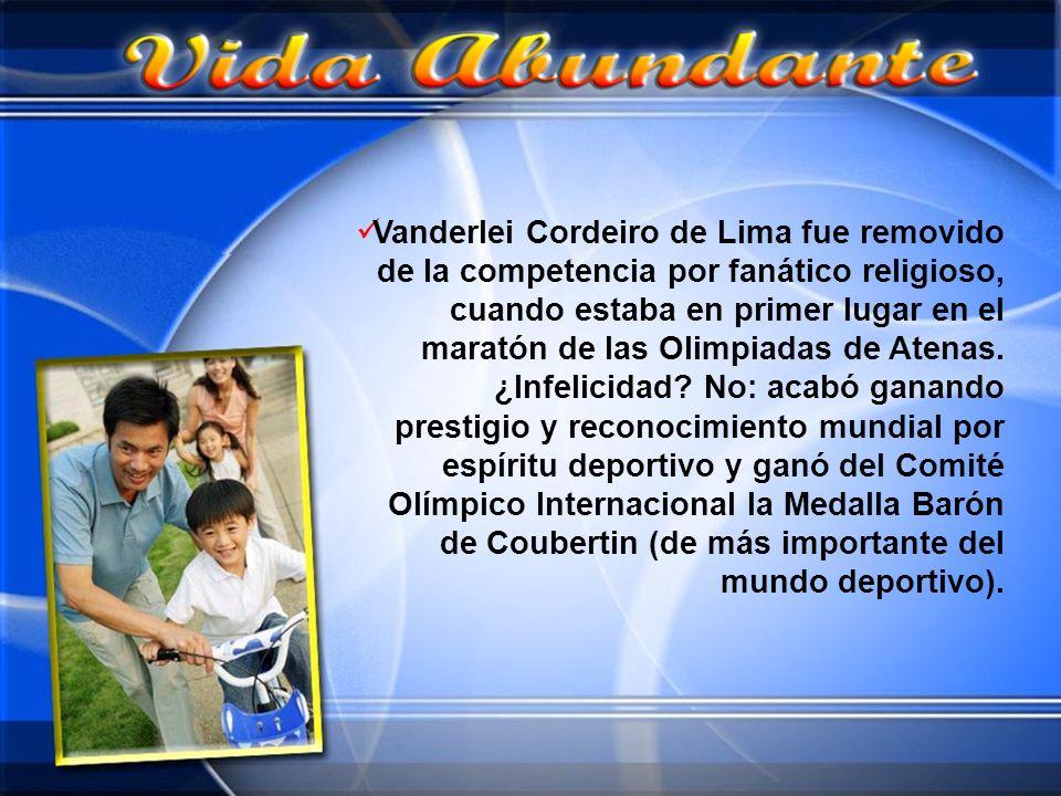 Vanderlei Cordeiro de Lima fue removido de la competencia por fanático religioso, cuando estaba en primer lugar en el maratón de las Olimpiadas de Ate