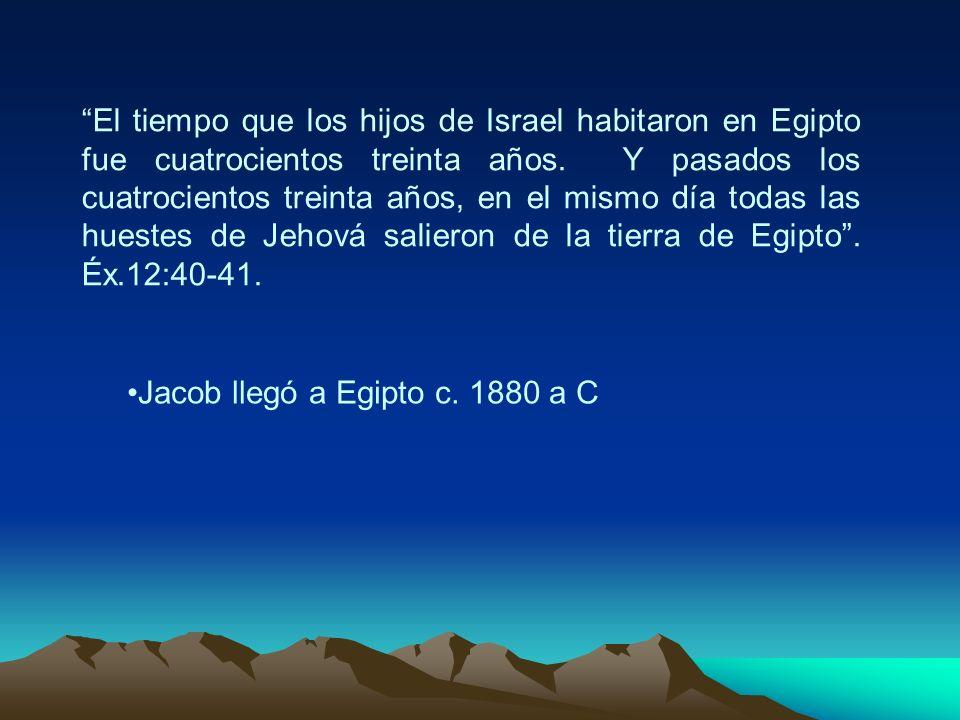 El tiempo que los hijos de Israel habitaron en Egipto fue cuatrocientos treinta años. Y pasados los cuatrocientos treinta años, en el mismo día todas