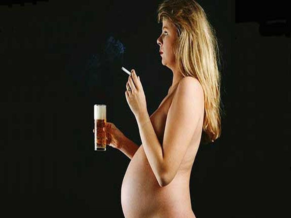 ABORTO ESPONTANEO Algunas causas: Anormalidad Cromo somática. Progesterona insuficiente. Factores inmunológicos. Factores de Riesgo: Edad Avanzada. Co