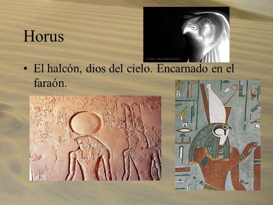 La vida después de la muerte Los egipcios creían en una vida después de la muerte, donde el difunto podía disfrutar de los placeres que había tenido en vida.