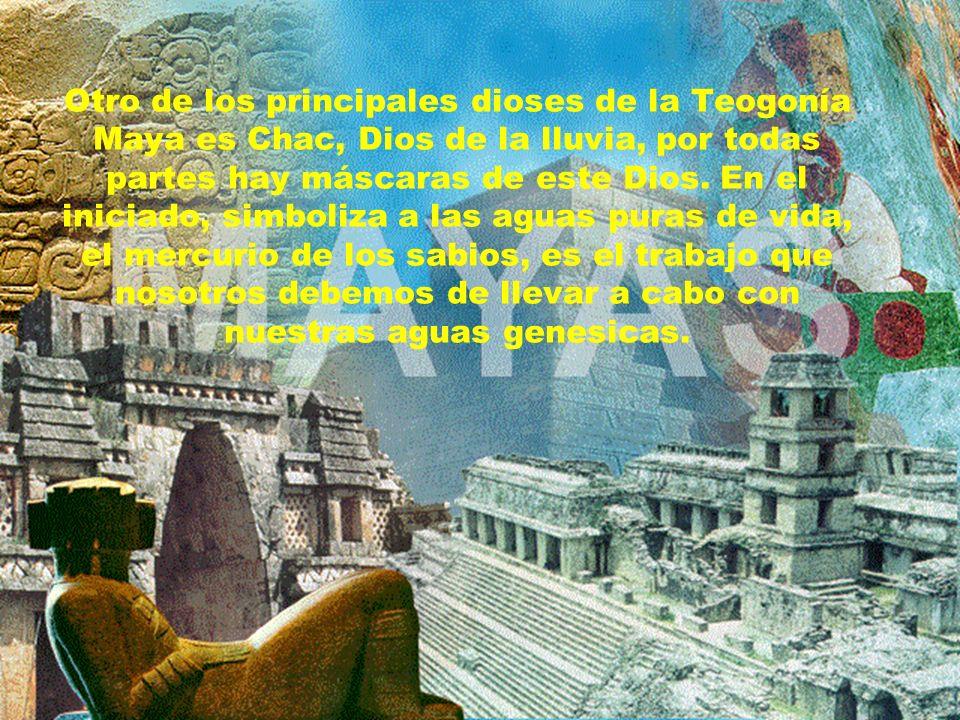 Este centro ceremonial tiene restos de monumentos de las épocas maya y la maya-tolteca. Es en Chichén Itzá donde mejor se deja ver la influencia tolte