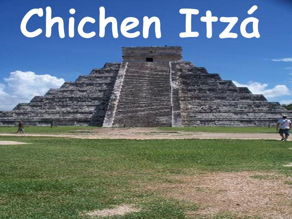 Otro de los principales dioses de la Teogonía Maya es Chac, Dios de la lluvia, por todas partes hay máscaras de este Dios. En el iniciado, simboliza a