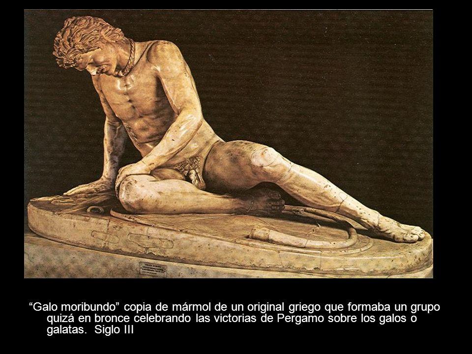 Galo moribundo copia de mármol de un original griego que formaba un grupo quizá en bronce celebrando las victorias de Pergamo sobre los galos o galata