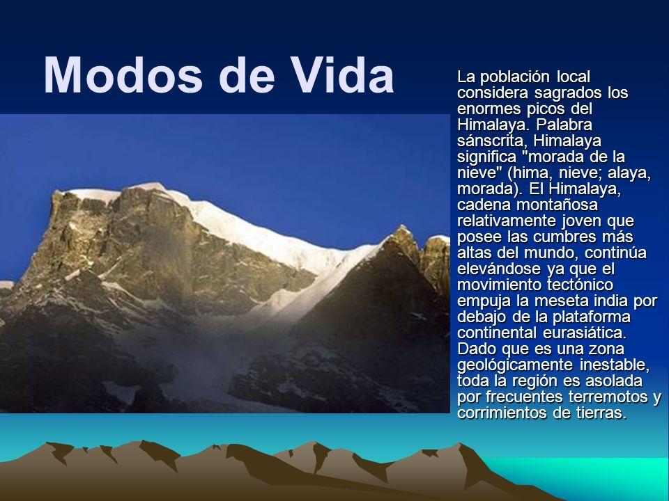 La población local considera sagrados los enormes picos del Himalaya. Palabra sánscrita, Himalaya significa