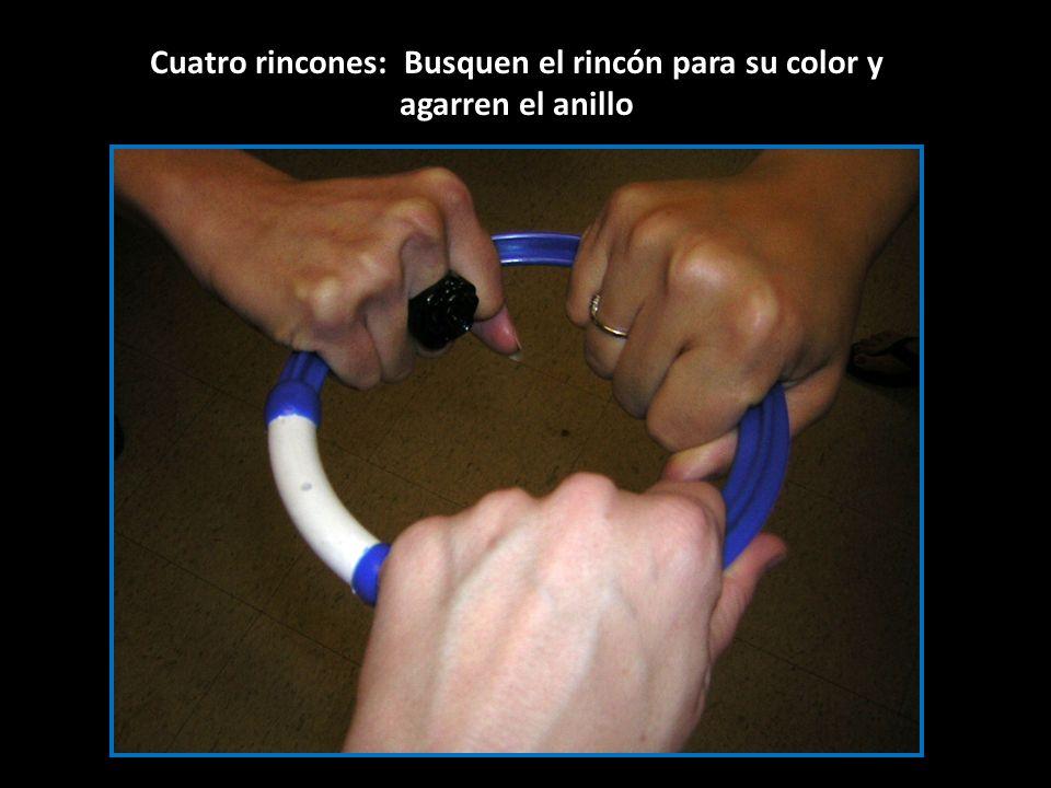 Cuatro rincones: Busquen el rincón para su color y agarren el anillo
