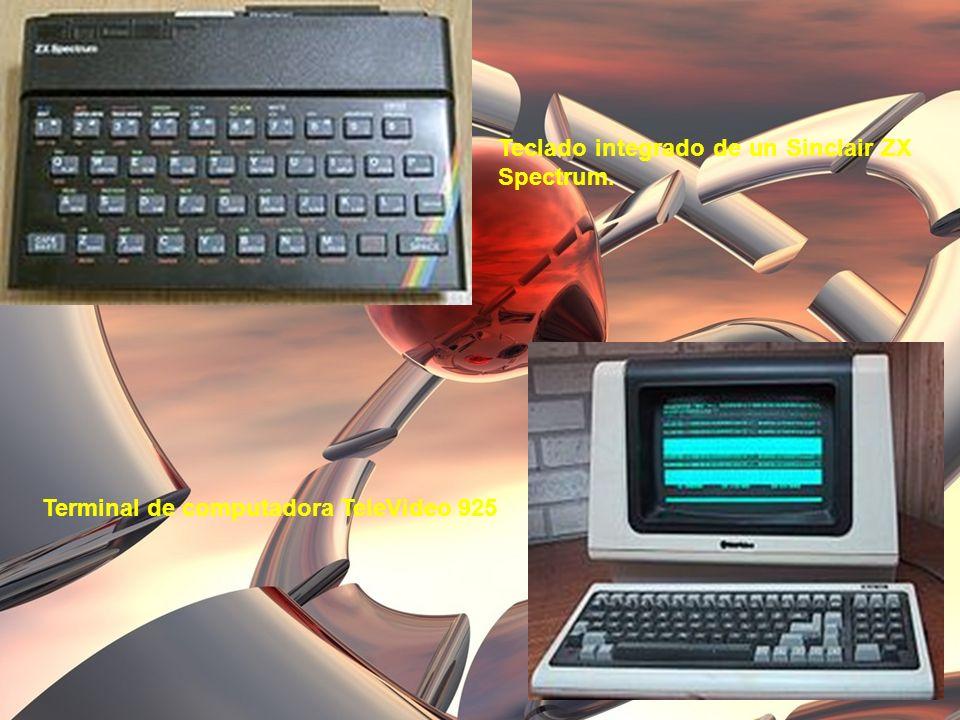 Teclado integrado de un Sinclair ZX Spectrum. Terminal de computadora TeleVideo 925