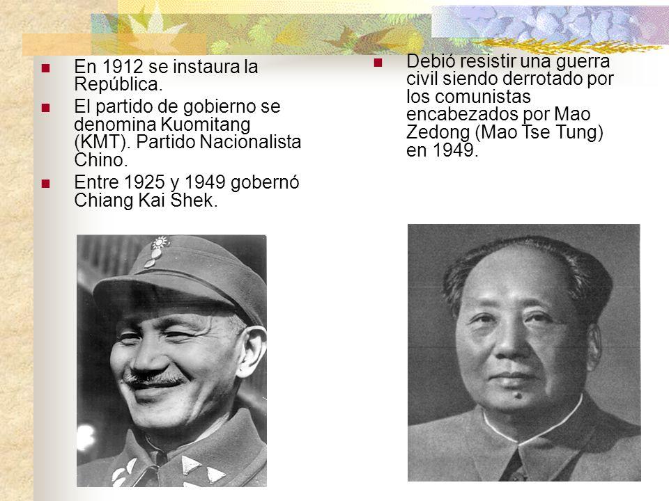 Debió resistir una guerra civil siendo derrotado por los comunistas encabezados por Mao Zedong (Mao Tse Tung) en 1949. En 1912 se instaura la Repúblic