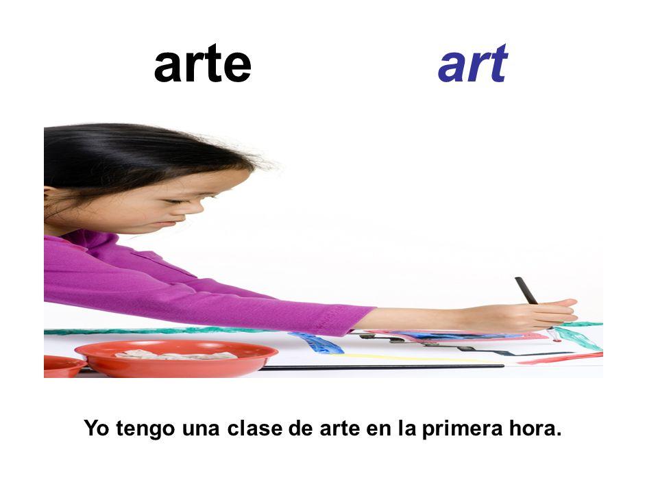 Enseñar (reg) to teach enseñoenseñamos enseñas enseñaenseñan Yo enseño clases de español.