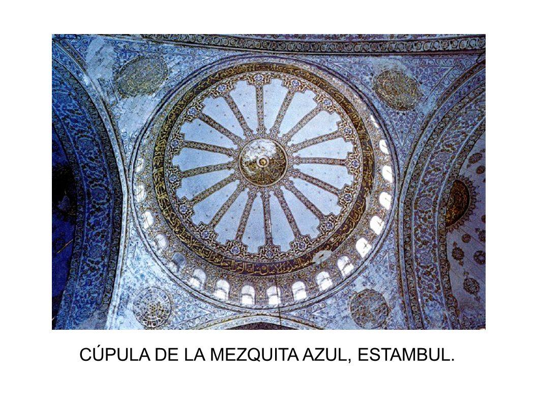 CÚPULA DE LA MEZQUITA AZUL, ESTAMBUL.