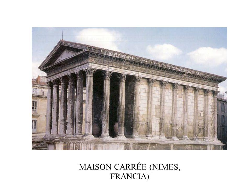 MAISON CARRÉE (NIMES, FRANCIA)