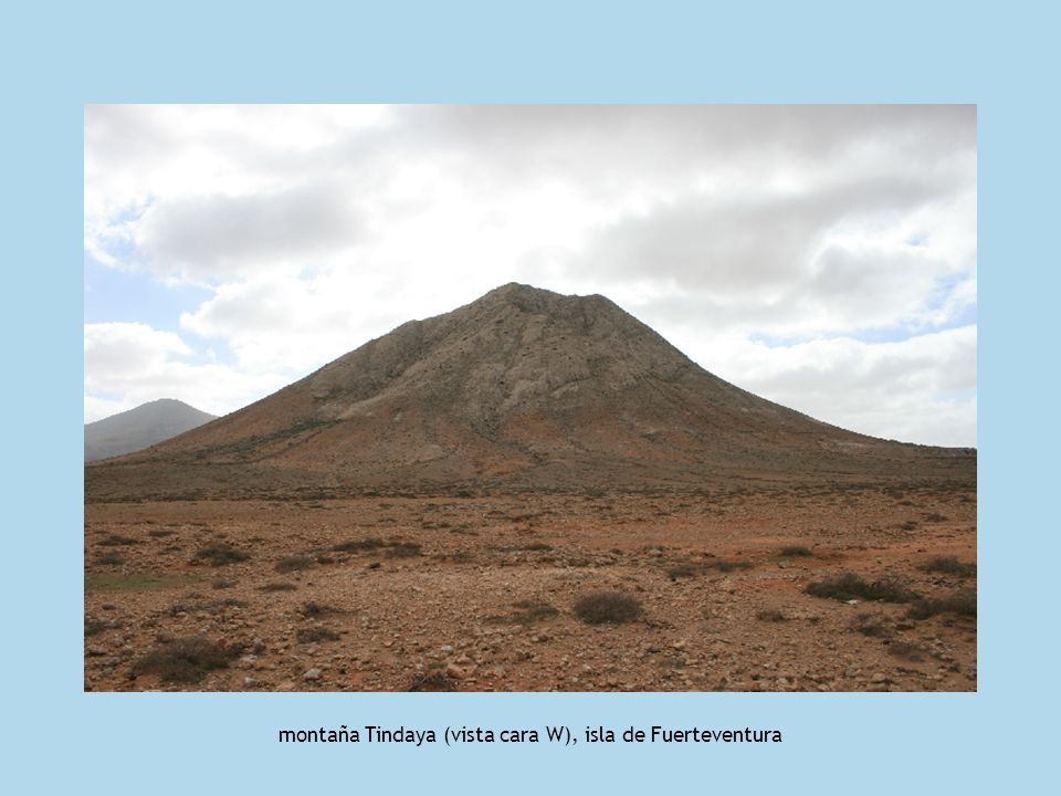 área central de la montaña Tindaya (vista cara NW), isla de Fuerteventura