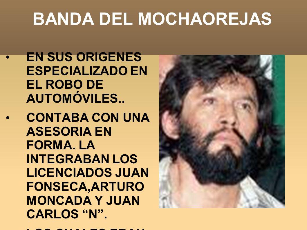 VICTIMAS DEL MOCHAOREJAS Martín Gómez Robledo: 30 años, dueño de una gallinería por el rumbo de Pantitlán.