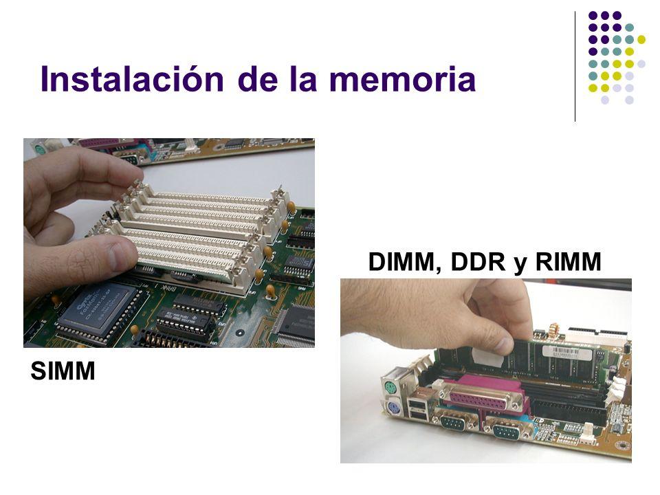 Instalación de la memoria SIMM DIMM, DDR y RIMM