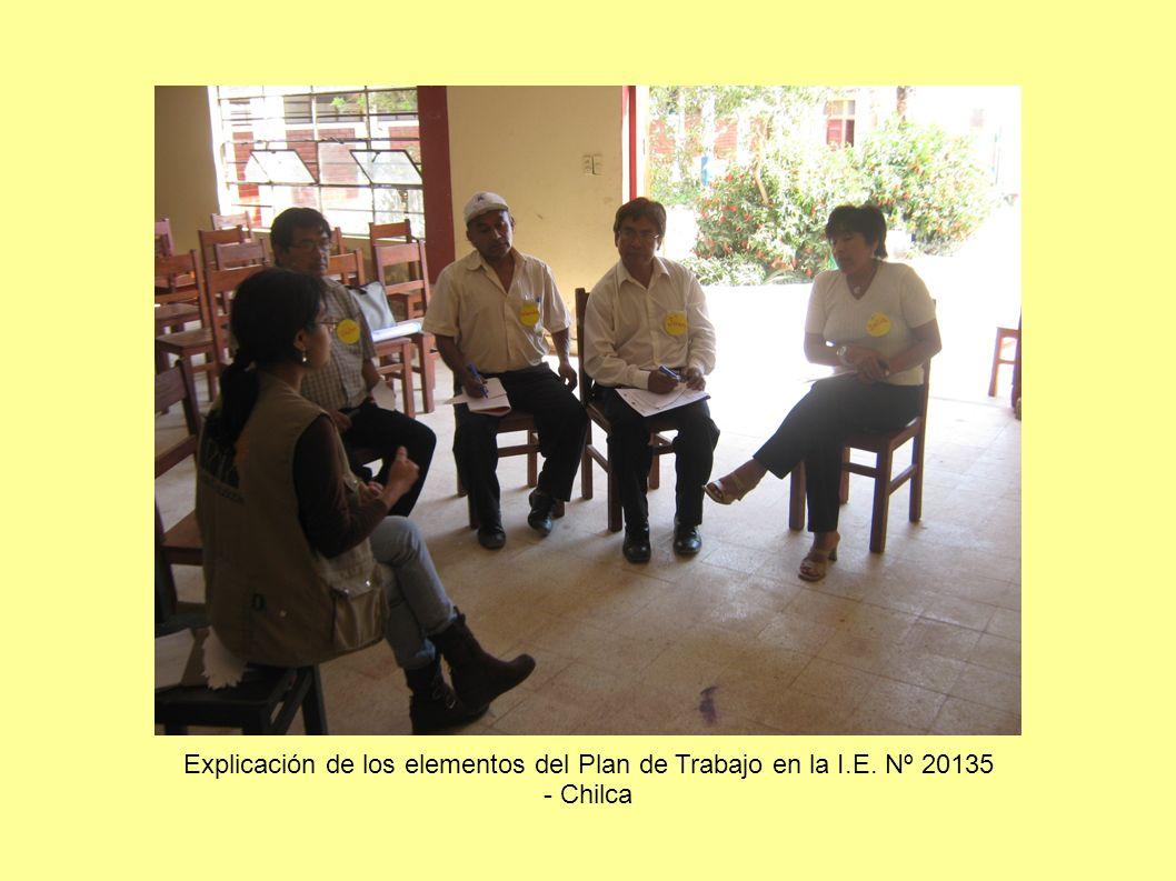 Los alumnos del CAE participando en la discusión