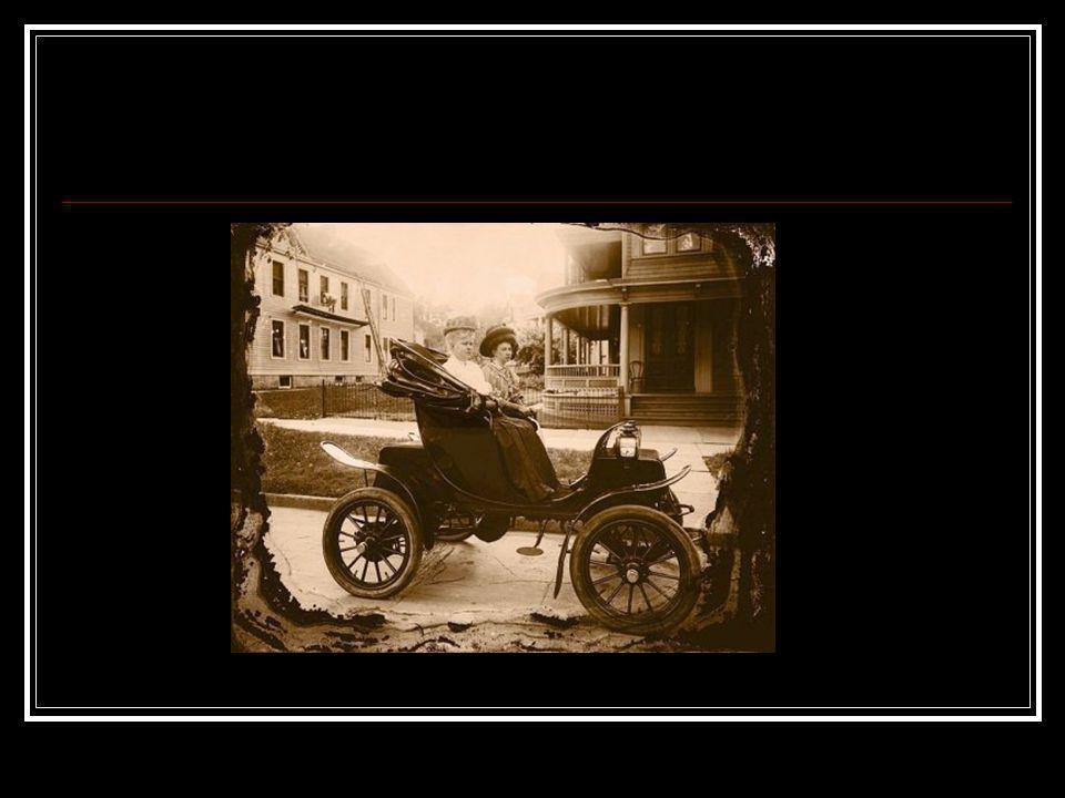 Una de las características más relevantes de la fotografía es que su significado cambia con el paso del tiempo.