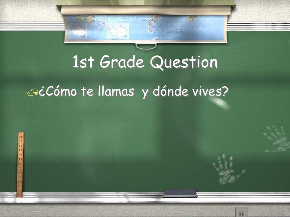 1st Grade Answer / Me gusta comer hamburguesas con tomates, queso, y lechuga. Tambien me gustan las papas fritas en el almuerzo. En el desayuna, la ce