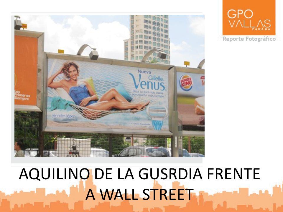 AQUILINO DE LA GUSRDIA FRENTE A WALL STREET