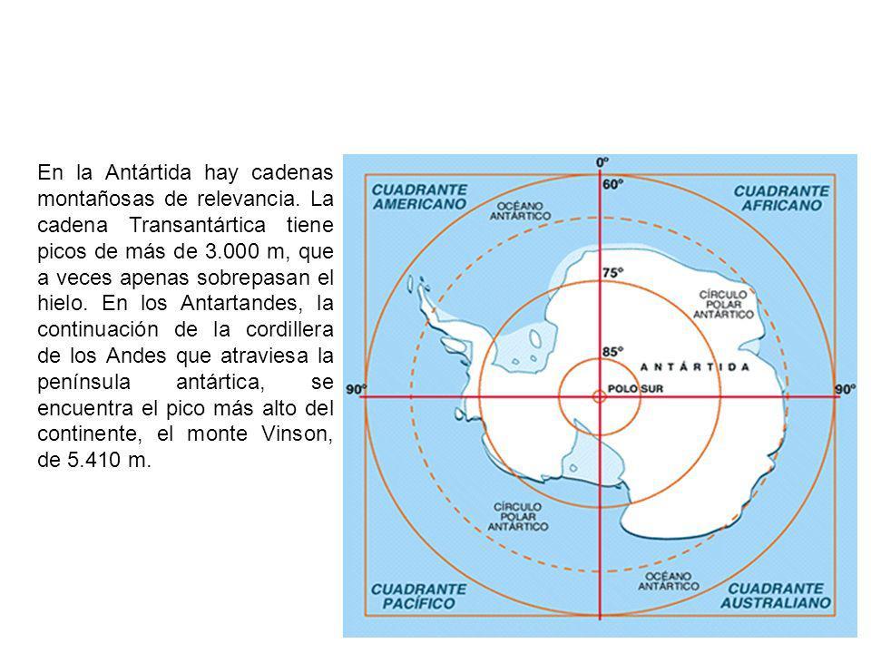 En la Antártida hay cadenas montañosas de relevancia.