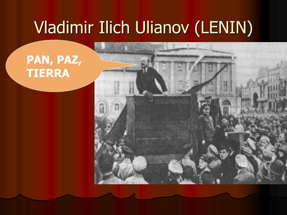 Octubre de 1917 Los bolcheviques, toman el poder, y de inmediato ponen en marcha sus planes: Los bolcheviques, toman el poder, y de inmediato ponen en marcha sus planes: Firman el tratado de Brest-Litovsk Firman el tratado de Brest-Litovsk Las industrias pasan a ser controladas por los soviets Las industrias pasan a ser controladas por los soviets Se reparten tierras, y se legalizan las ocupadas.