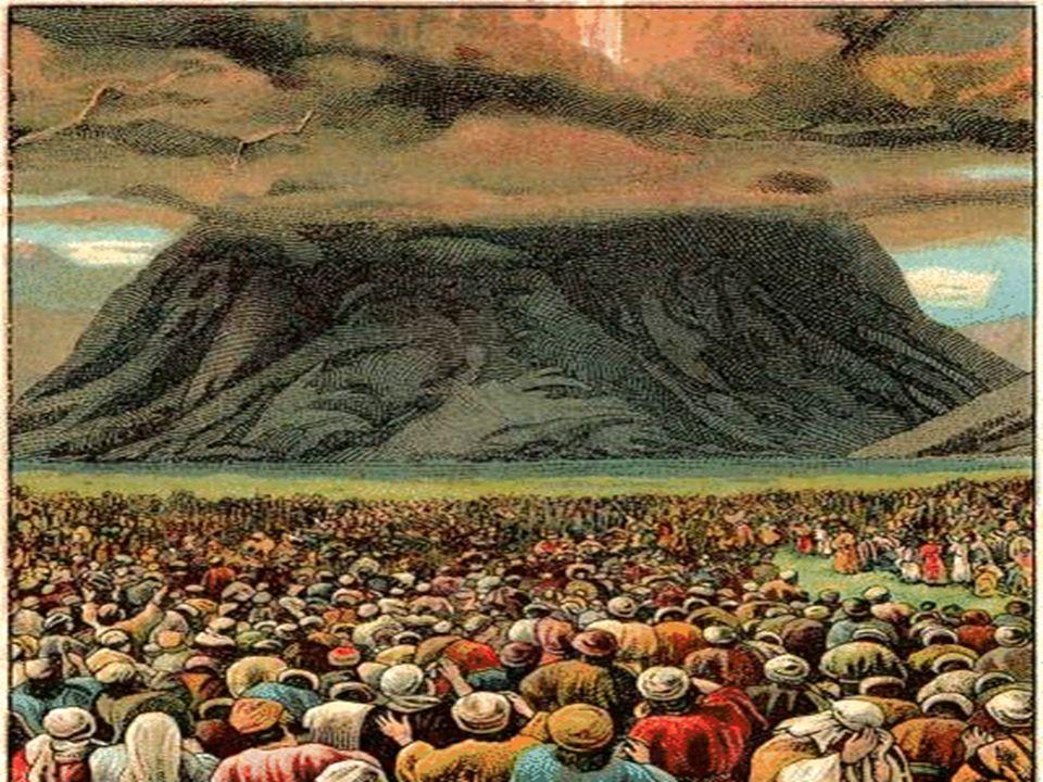 Celebramos hoy la solemnidad de PENTECOSTÉS, terminando en la Liturgia el Ciclo Pascual... PENTECOSTÉS es una fiesta antigua, que ya existía en el Ant