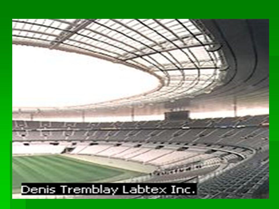 El Stade de France, situado en la ciudad francesa de Saint-Denis, fue escenario de la final de la Copa del Mundo de fútbol disputada el 12 de julio de 1998.