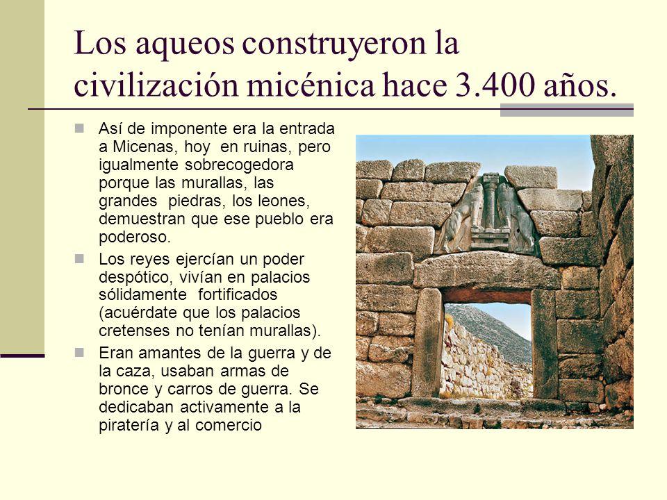 Los aqueos construyeron la civilización micénica hace 3.400 años. Así de imponente era la entrada a Micenas, hoy en ruinas, pero igualmente sobrecoged