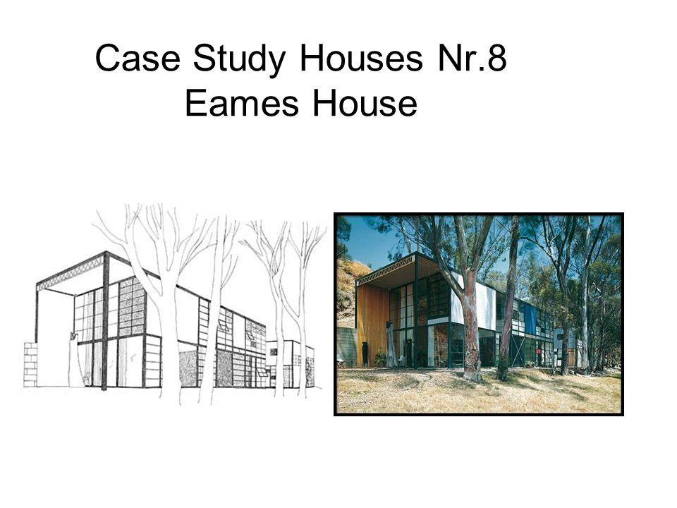 2 Edificios contiguos de doble altura, uno utilizado como residencia y el otro como estudio