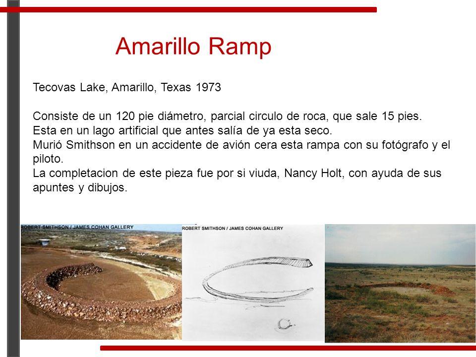 Tecovas Lake, Amarillo, Texas 1973 Consiste de un 120 pie diámetro, parcial circulo de roca, que sale 15 pies. Esta en un lago artificial que antes sa
