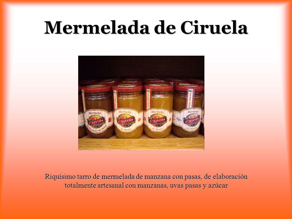 Mermelada de Ciruela Riquísimo tarro de mermelada de manzana con pasas, de elaboración totalmente artesanal con manzanas, uvas pasas y azúcar