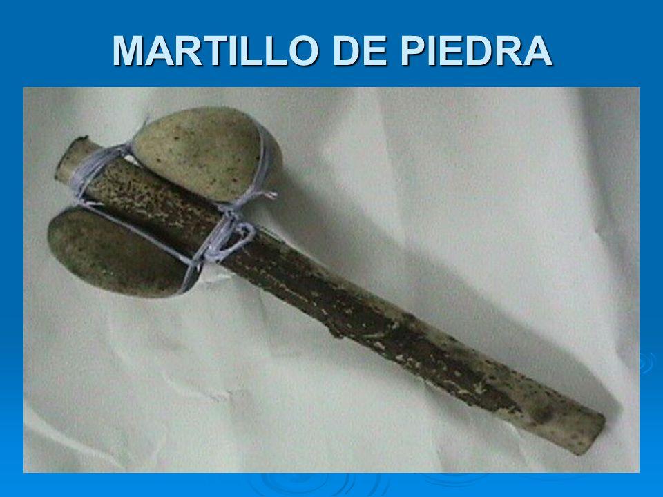 Después de mucho tiempo los primeros hombres peruanos empezaron a elaborar cerámicas de arcilla.