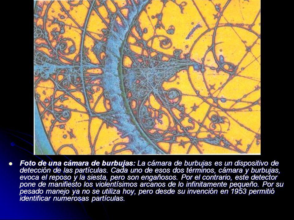 Foto de una cámara de burbujas: La cámara de burbujas es un dispositivo de detección de las partículas. Cada uno de esos dos términos, cámara y burbuj